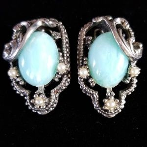 Vintage Estate Silver Beaded Clip On Earrings EUC